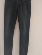 jeansy rozmiar 27x34...