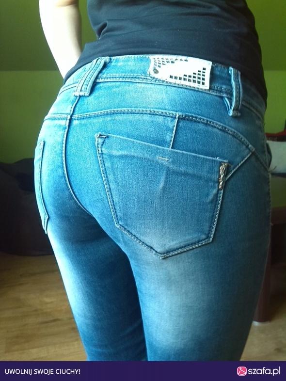 Spodnie wycierane rurki jeans