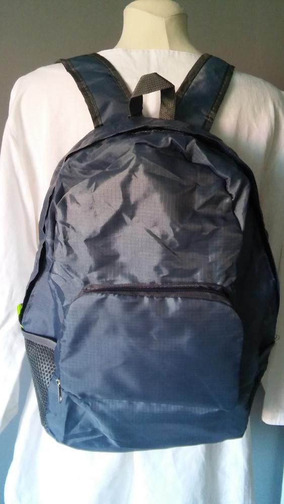 Turystyczny składany plecak