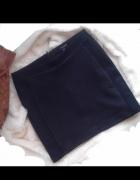 Czarna spódniczka xs s reserved wysoki stan dopasowana...