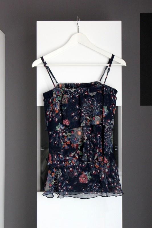 top bluzka na ramiączkach ramiączka warstwowa zwiewna floral granatowa lato letnia