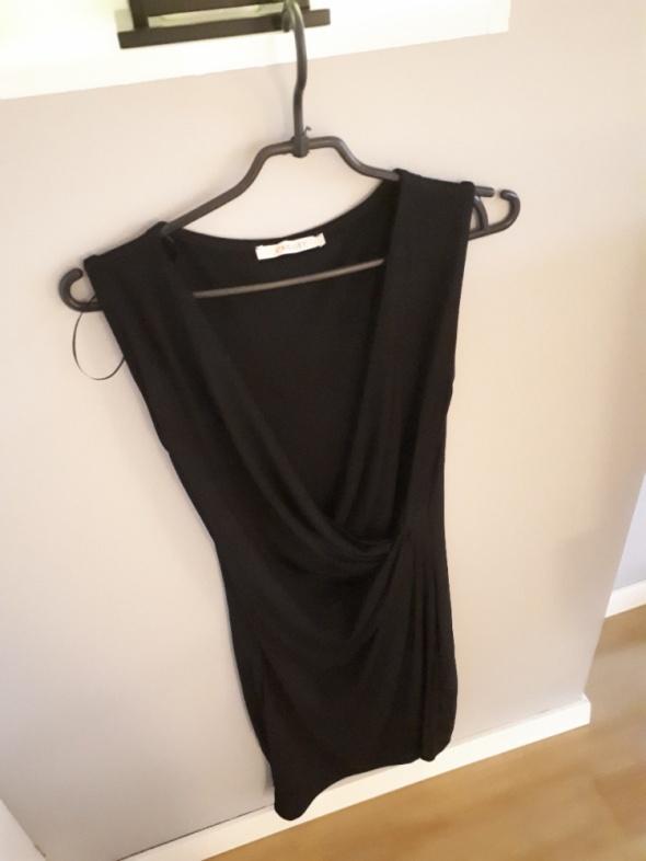 Suknie i sukienki Mała czarna Camaieu