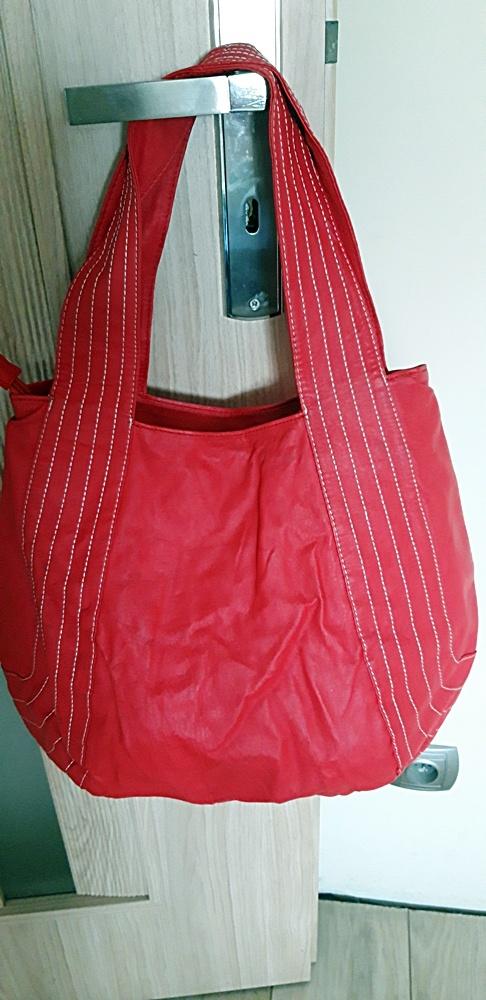 Torebki na co dzień czerwona torebka Carry