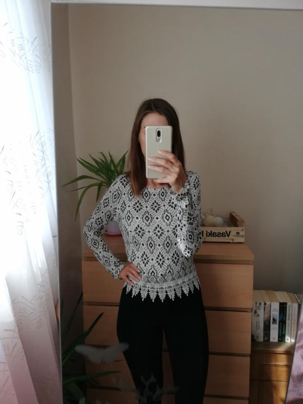 Biała bluzka z koronką w geometryczne wzory H&M rozmiar xs over...