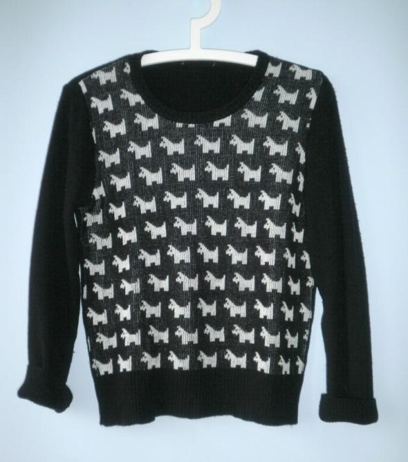 HM sweter wzory białe pieski czarny