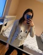 Sweter z kotkiem...