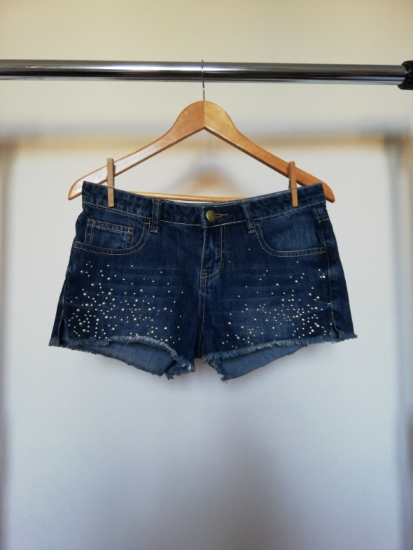 Krótkie spodenki szorty jeansowe z nitami przetarcia amisu rozmiar 38