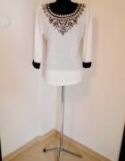 NOWA subtelna biała XL bluzka cyrkonie