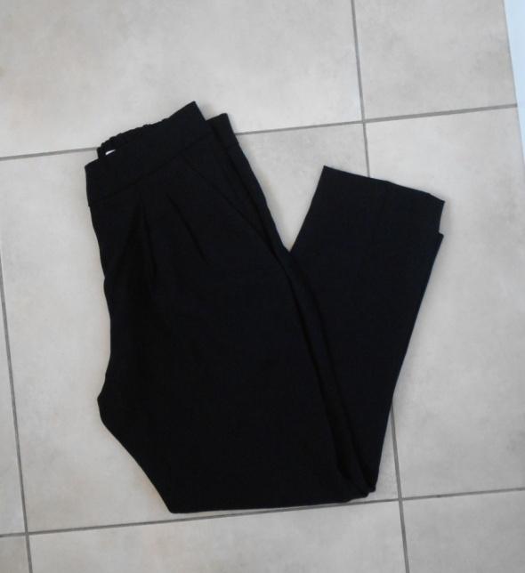Babaton eleganckie czarne spodnie cygaretki