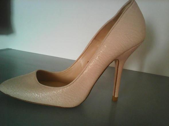 Zara Basic szpilki buty rozm 41 pudrowy pastelowy róż