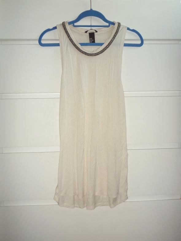 tunika kremowa nude beż z ozdobnym dekoltem H&M