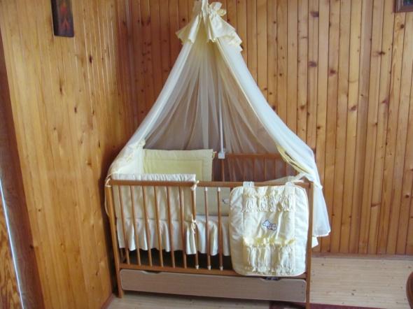 Pościel dziecięca do łóżeczka moskitiera organizer poszewka stelaż