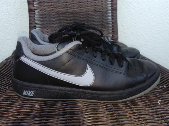 Sportowe Buty Nike 37 i 5