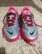 Nike Lunar Cross Element...