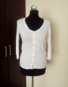 Biały sweterek na guziczki St Bernard rozmiar S M...