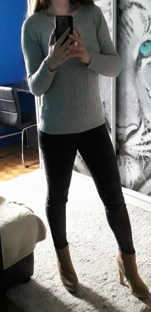 Piękny szary brokatowy sweterek House XS S...