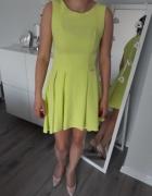 Sukienka z dłuższym tyłem rozmiar M na L