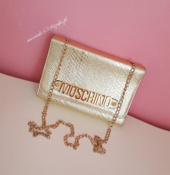 MOSCHINO złota torebka kopertówka