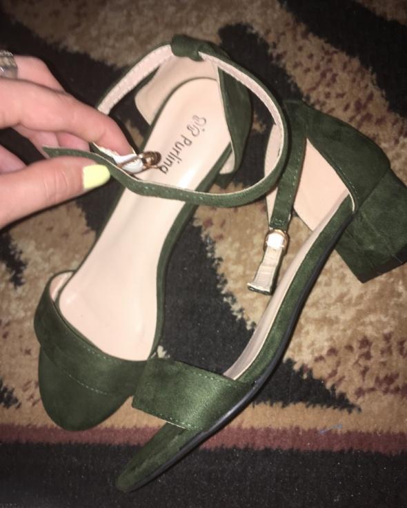 Sandały sandały butelkowa zieleń rozmiar 38 słupek 4 cm