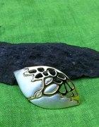Srebrno złota broszka