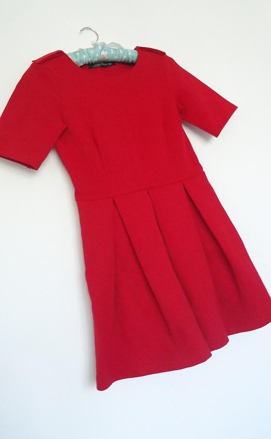 sukienka red Zara...
