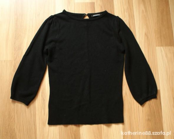 czarny sweterek bluzka atmosphere bufki