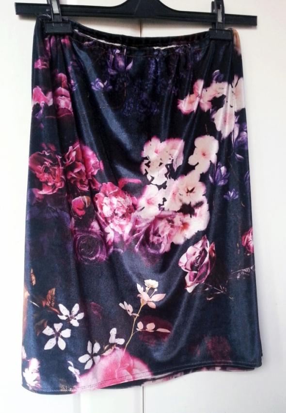 Welurowa spódnica floral M L XL piękna