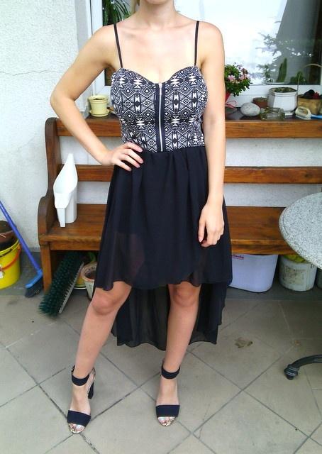 Asymetryczna sukienka aztec zip MiM 38