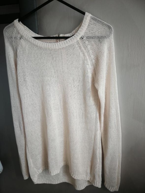 Sweterek damski Reserved