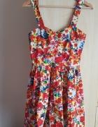Kolorowa sukienka w kwiaty Atmoshpere...