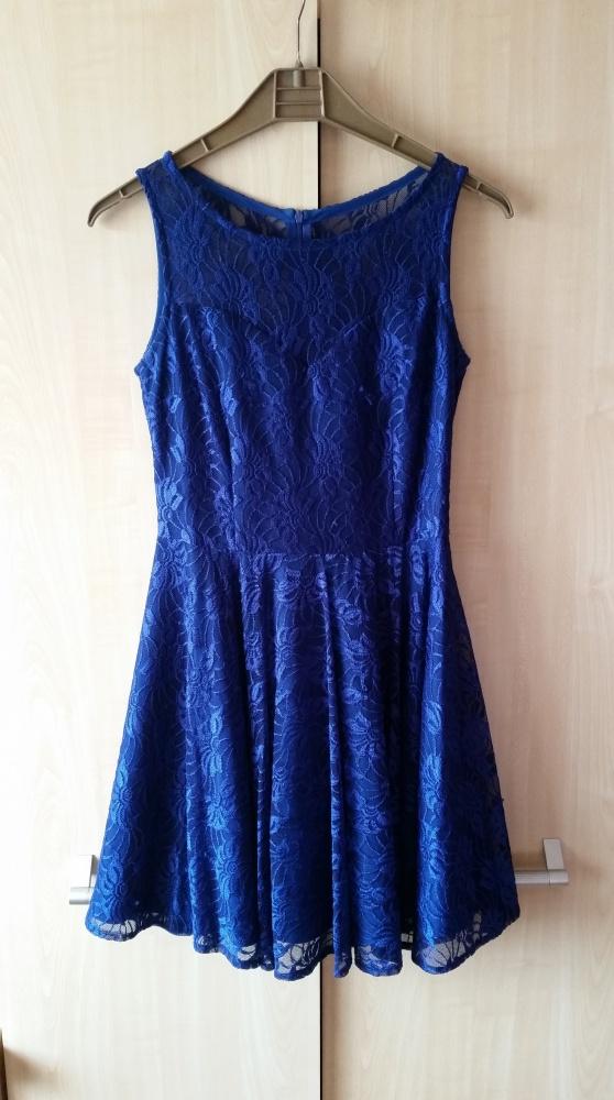 Kobaltowa sukienka Sugarfree koronkowa