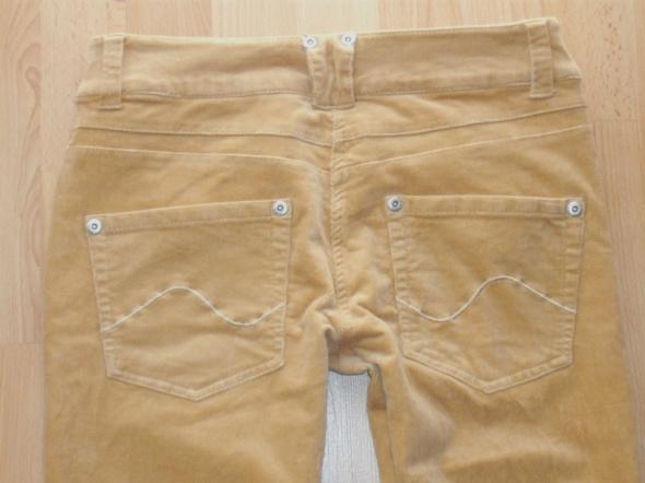 Spodnie Spodnie sztruksowe TERRANOWA j NOWE
