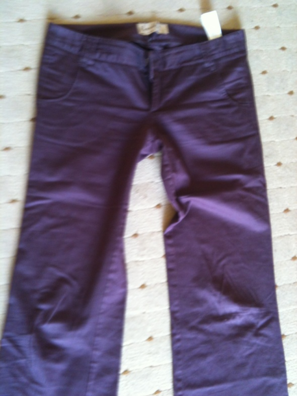 spodnie dzwony bordowe...