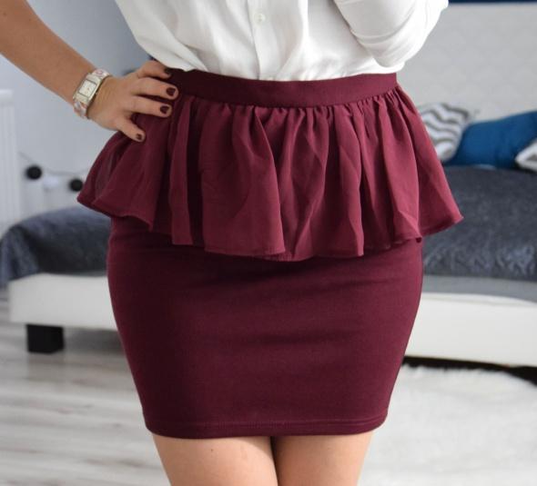 Spódnice stylowa spódnica z baskinką burgund marki Amisu 36 S