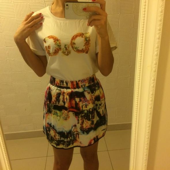 Komplet bluzka i spódnica