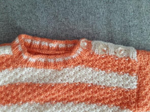 Pozostałe Pomarańczowy sweterek w paski
