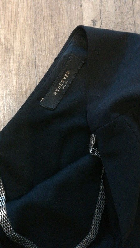 Czarna sukienka Reserved 36...