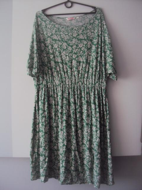 zielona dzianinowa sukienka...