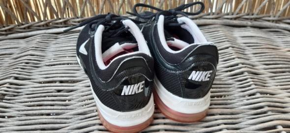 Nike Air Max Traning 39...