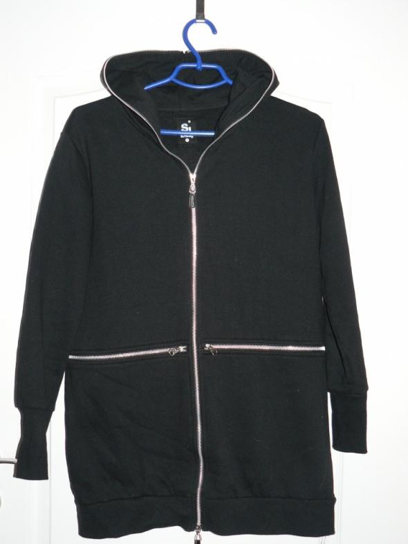 Czarna długa bluza z kapturem SINSAY S