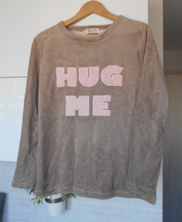 Love to lounge ciepła bluza pluszowa hug me print