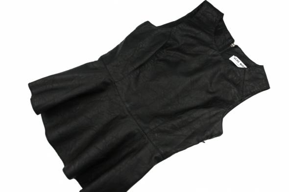 Bluzki Bluzka z baskinka z ekoskory black Sylwester must have