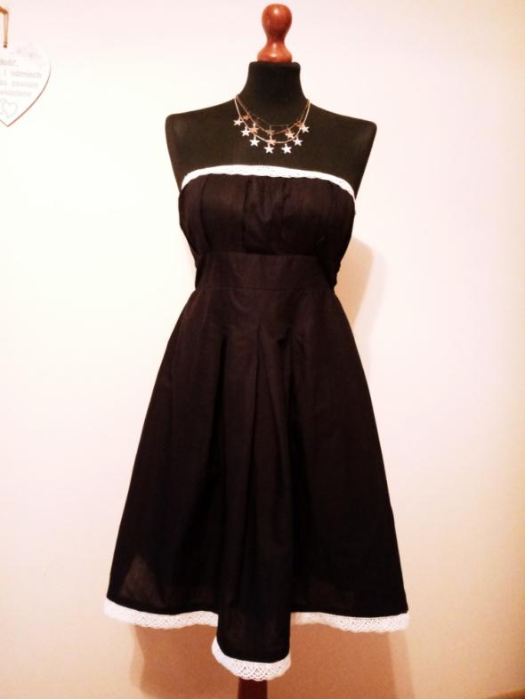 OKAZJA cena z wysyłką Nowa czarna rozkloszowana sukienka koronka ecri
