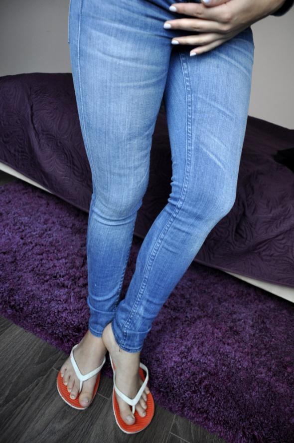 Jeansowe rurki H&M...