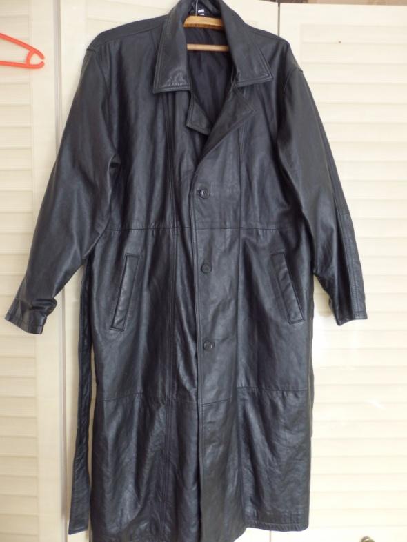 Płaszcz skóra czarna z dopinanym kożuszkiem