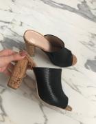 sandały klapki na słupku CCC Jenny Fairy 38...