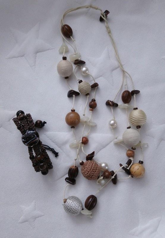 Biżuteria typu handmade biżuteria sznurkowa biżuteria drewno