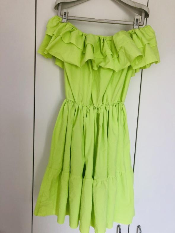 Neon neonowa sukienka rozkloszowana fala 38 M