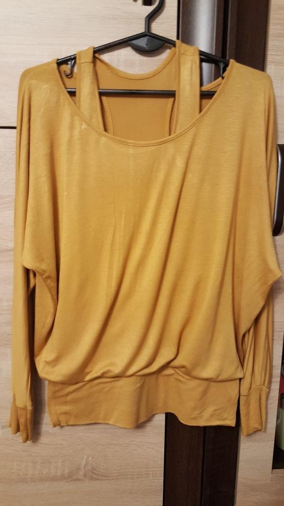 Bluzka w kolorze musztardowym oversize