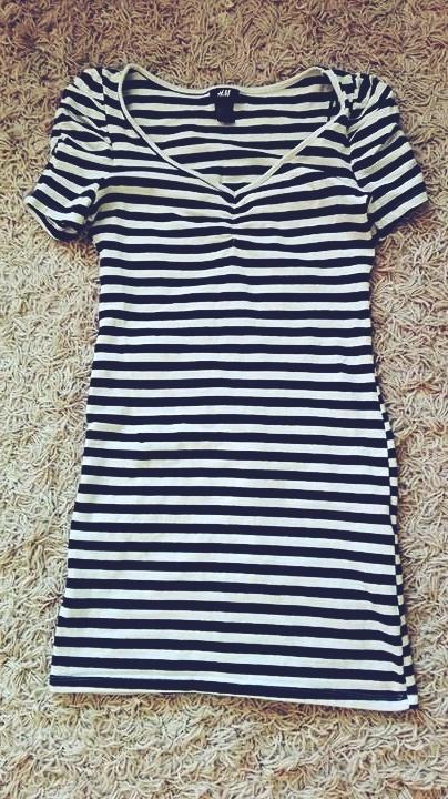 Suknie i sukienki ukienka tunika w paski hm marynarska S 36 białocza